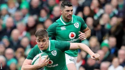 Garry Ringrose and Rob Kearney are drafted into the Ireland backs for Saturday's game against the All Blacks