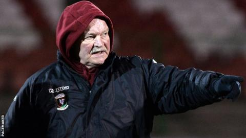 Ronnie McFall issues instructions at Glentoran training on Thursday night
