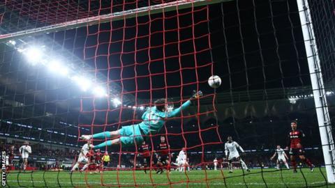 Pablo Hernandez's shot beats Nick Suman for a Leeds winner