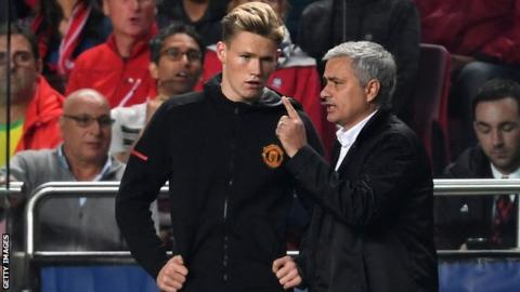 Manchester United's Scott McTominay and Jose Mourinho