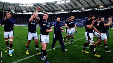Scotland beat Italy 36-20 in Rome