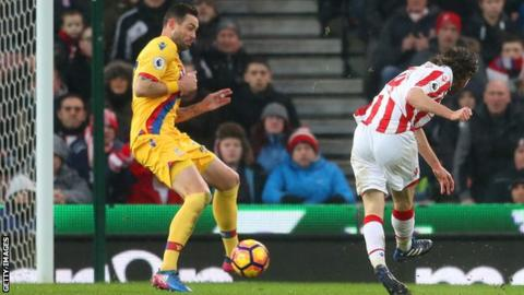 Joe Allen scores for Stoke