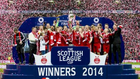 Aberdeen ended a 19 year trophy drought by lifting the 2014 League Cup