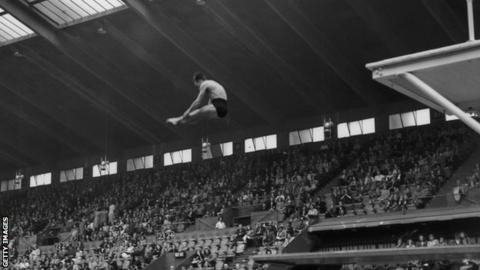 Peter Heatly competing at the 1948 Olympics