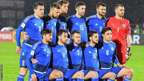 San Marino players line up for a team photo