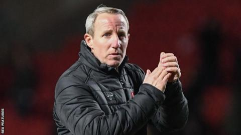 Charlton boss Lee Bowyer on the sidelines