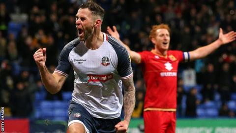 Daryl Murphy celebrates