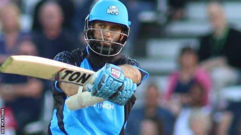 T20 Blast: Moeen Ali hits 85 off 46 balls in Worcestershire's win over Birmingham