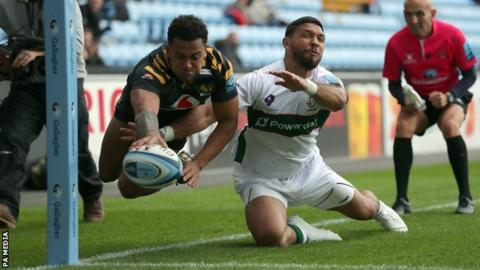 Zach Kibirige scores for Wasps