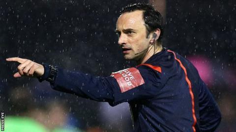 Referee Neil Doyle