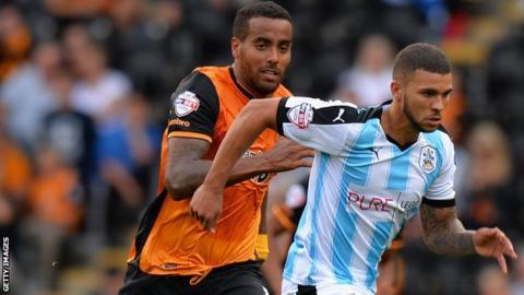 Hull midfielder Tom Huddlestone