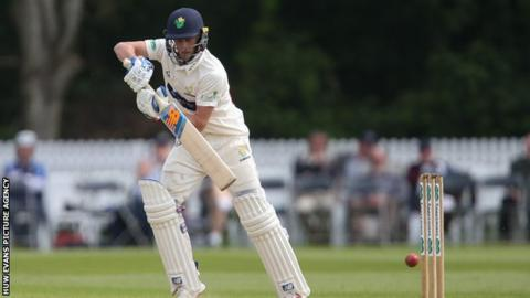 Billy Root top scored for Glamorgan in their first innings with 68