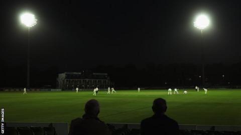 Glamorgan and Kent floodlit cricket