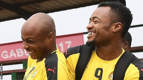 Andre Ayew (L) and his brother Jordan share a joke at Ghana training in January, 2017