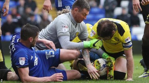 Burton goalkeeper Stephen Bywater