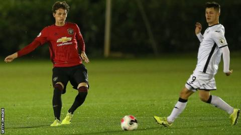 Luke Shaw behind Brandon Williams as Manchester United left-back