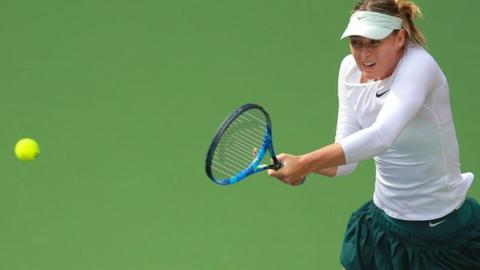 Maria Sharapova beats Magda Linette at the Tianjin Open