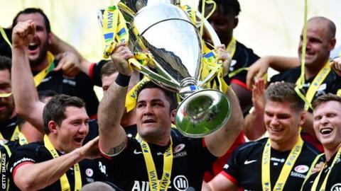 Brad Barritt and Saracens team mates celebrate winning the Premiership title