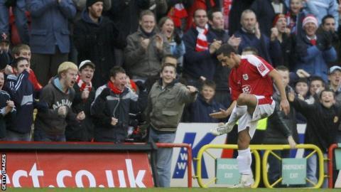 science Scott Murray celebrates scoring for Bristol City