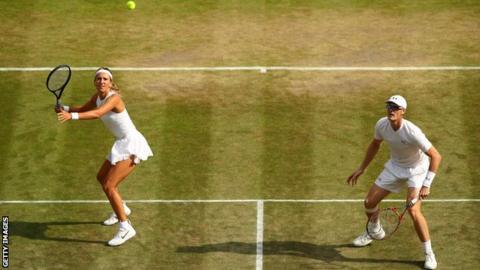 Victoria Azarenka and Jamie Murray in action