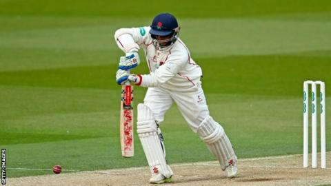West Indies veteran Shiv Chanderpaul looks well set for Lancashire on 32