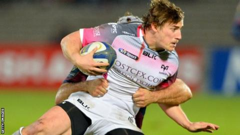 Jeff Hassler in action for Ospreys