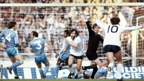Manchester City v Spurs 1981 FA Cup final replay