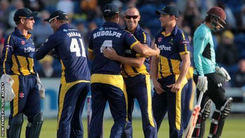 Dean Cosker took career-best T20 bowling figures of 4-25 against Surrey