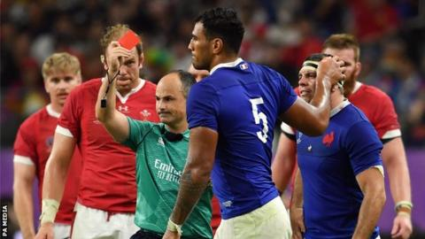 France lock Sebastien Vahaamahina was sent off in the 49th minute against Wales by referee Jaco Peyper
