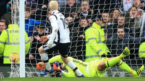 Derby's Will Hughes scores against Nottingham Forest