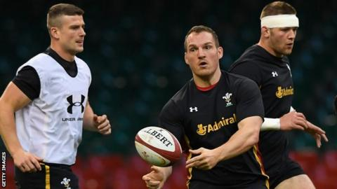 Neil Jenkins in training with Wales