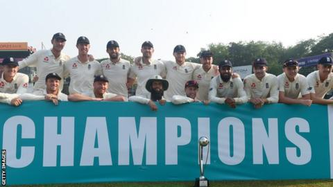 England celebrate a seventh win in eight Tests