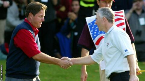 Phil Mickelson and Phillip Price shake hands