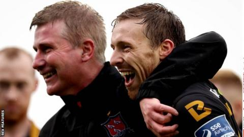 Dundalk manager Stephen Kenny and David McMillan celebrate their League of Ireland Cup win