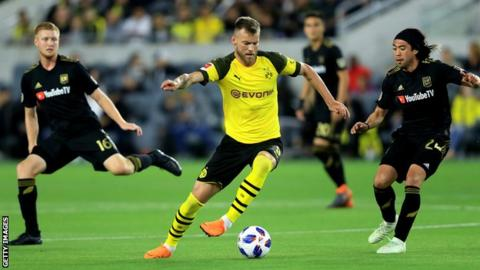 Andriy Yarmolenko in action for Borussia Dortmund