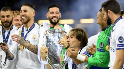 Real Madrid celebrate 2016 Champions League win