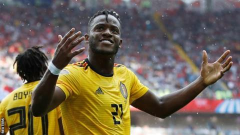 Chelsea striker Michy Batshuayi to join Valencia on season-long loan