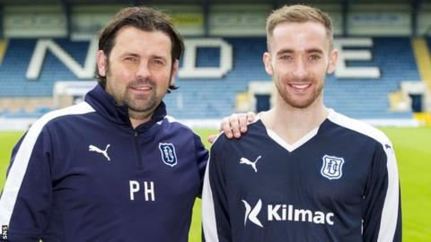 Dundee manager Paul Hartley and Nick Ross