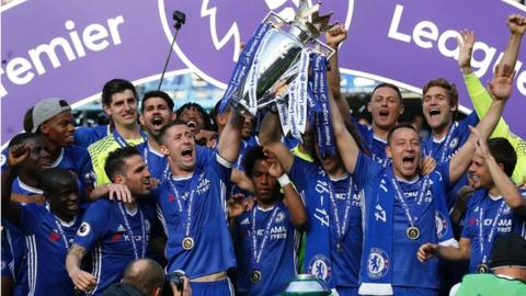 Chelsea celebrate winning the Premier League title