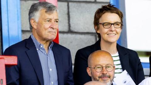 Hibernian chairman Ron Gordon and chief executive Leann Dempster