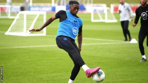 Wan-Bissaka out of England squad with back problem