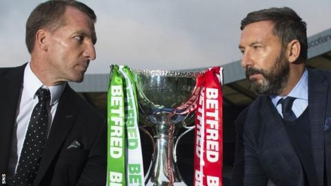 Brendan Rodgers and Derek McInnes with the Scottish League Cup