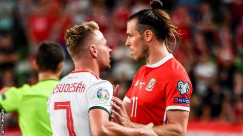 Gareth Bale (right)