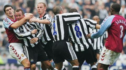 Newcastle's Lee Bowyer and Kieron Dyer