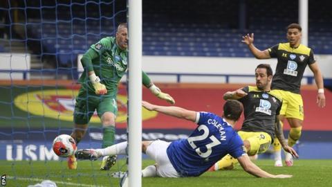Danny Ings scores for Southampton