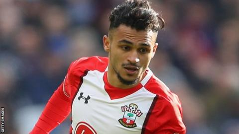 Sofiane Boufal in action for Southampton