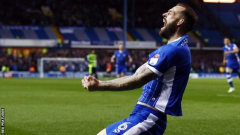 Sheffield Wednesday's Steven Fletcher celebrates scoring a goal