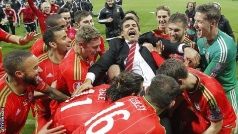 Wales manager Chris Coleman celebrates his side's Euro 2016 qualification in Bosnia-Herzegovina