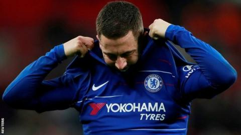 Chelsea fans spot Eden Hazard's frustrations with Marcos Alonso in Tottenham defeat