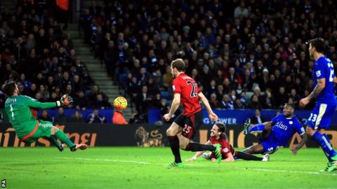 Ben Foster saves from Wes Morgan